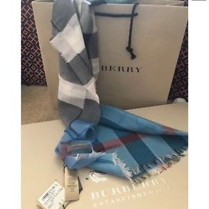 Burberry Accessories - Authentic Burberry Stripe Half Mega Check  Scarf